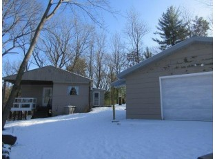 W7441 Fish Ave Oxford, WI 53952