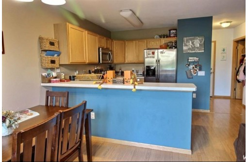141 Alpine Meadows Cir, Oregon, WI 53575