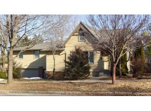 119 N 2nd St Mount Horeb, WI 53572