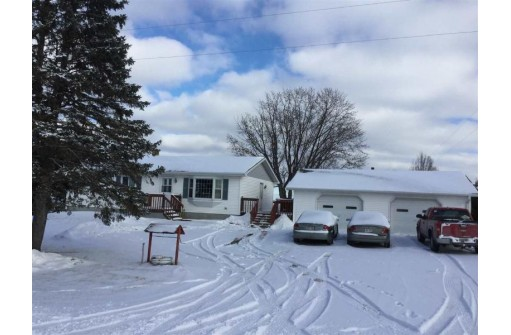 N3168 Carrig Rd, Mauston, WI 53948