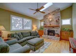 417 N High Point Rd Madison, WI 53717