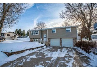 807 3rd Ave New Glarus, WI 53574