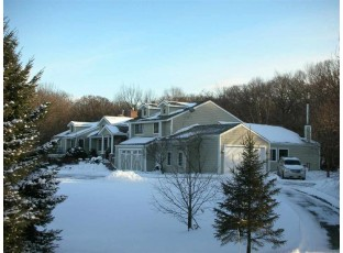 5443 Whalen Rd Fitchburg, WI 53575