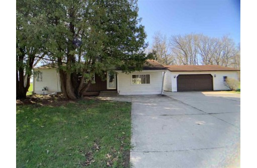 9710 N Arrowhead Shores Rd, Edgerton, WI 53534