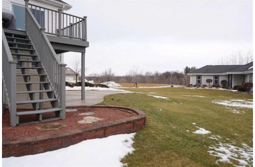 401 Canadian Ct, Watertown, WI 53094
