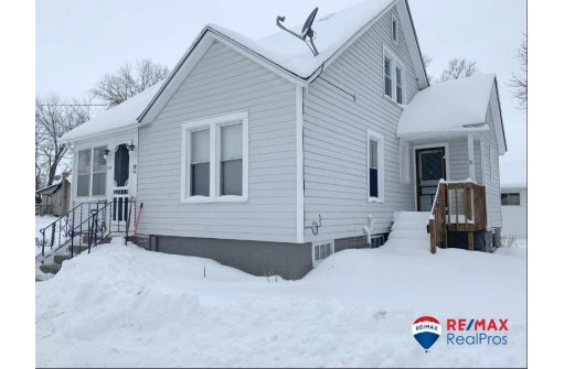 115 Spring St, Mauston, WI 53948