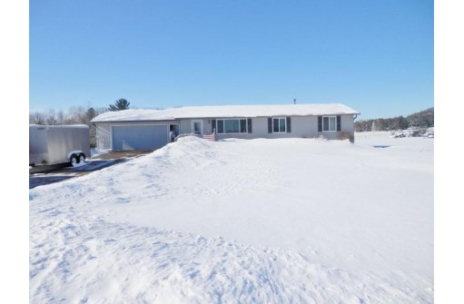 7647 Division Rd, Tomah, WI 54660