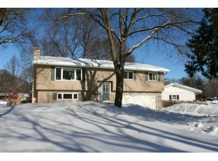 5322 Fairway Dr Madison, WI 53711