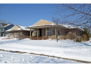 2821 Hollyhock St Fitchburg, WI 53711