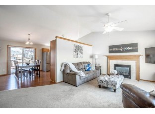 3701 Mammoth Tr Madison, WI 53719
