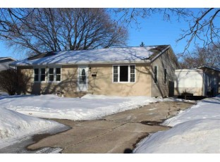 1406 Manor Dr Janesville, WI 53548