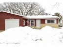 6710 Spring Grove Ct, Middleton, WI 53562