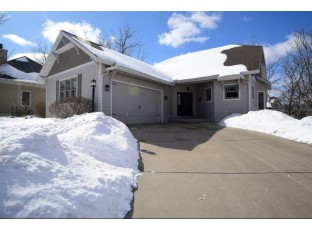 54 Arboredge Way Fitchburg, WI 53711