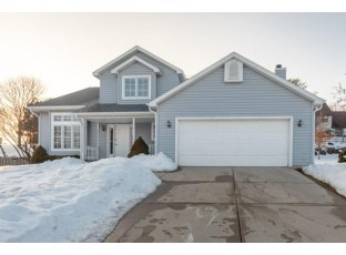 2922 Maple Run Dr Madison, WI 53719
