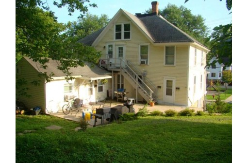 321 Fountain St, Mineral Point, WI 53565-1378
