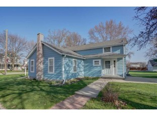 1437 Mills St Black Earth, WI 53515