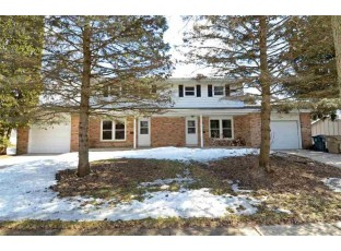 909 Laurie Dr Madison, WI 53711