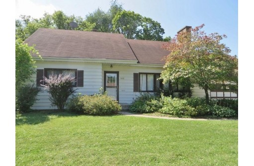 1612 Eastwood Ave, Janesville, WI 53545