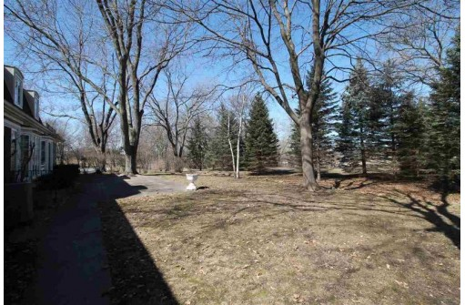 46 Homestead Rd, Milton, WI 53563