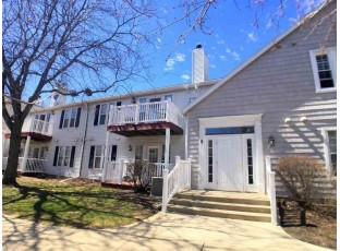 9 Captains Ct 2 Madison, WI 53719
