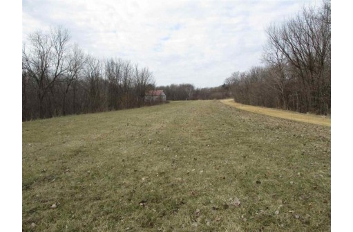 13710 Airport Rd, Ferryville, WI 54628-0000