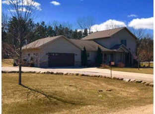 1929 Lakes Edge Ln Friendship, WI 53934