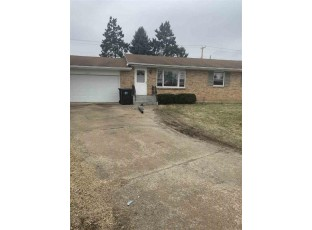 2278 Wood Dr Beloit, WI 53511
