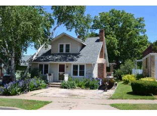 313 N Level St Dodgeville, WI 53533