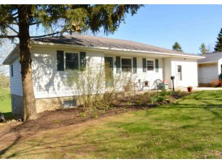 309 N 2nd St Mount Horeb, WI 53572