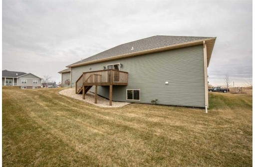 2300 W Milwaukee St, Stoughton, WI 53589