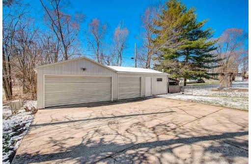 2144 W Grand Ave, Beloit, WI 53511