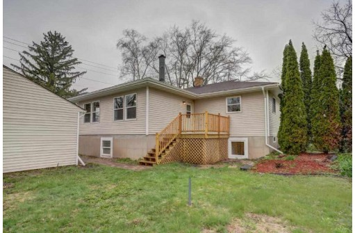 601 Troy Dr, Madison, WI 53704