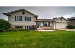 4419 Skyview Dr Janesville, WI 53546
