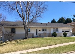 513 Piper Dr Madison, WI 53719