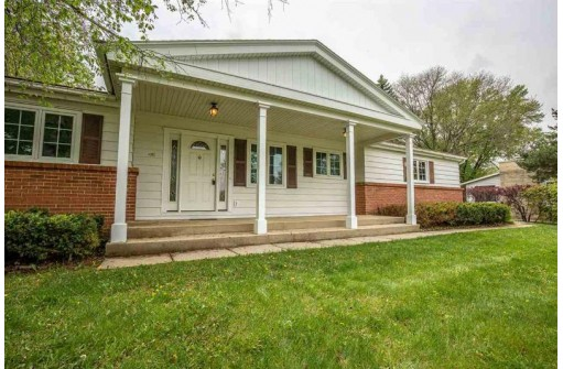4905 Regent St, Madison, WI 53705