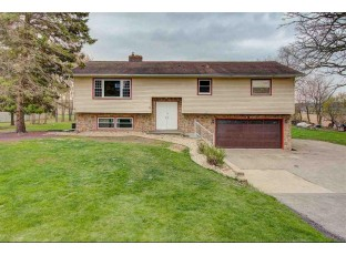 2601 Gaston Rd Cottage Grove, WI 53527