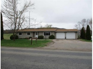 S3919 Golf Course Rd Reedsburg, WI 53959