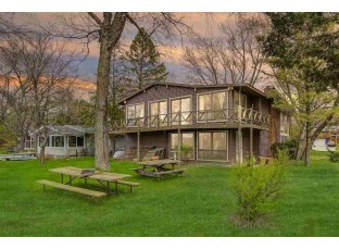 N2747 N Lake Point Dr Lodi, WI 53555