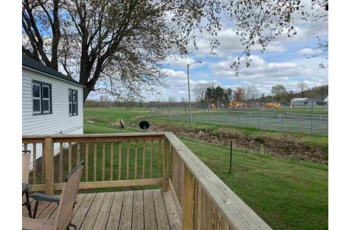 208 Hageman Ct, Mauston, WI 53948