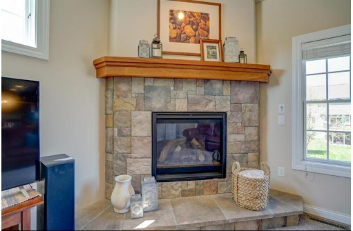 1723 Daily Dr, Waunakee, WI 53597