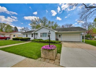 2110 Eastwood Ave Janesville, WI 53545