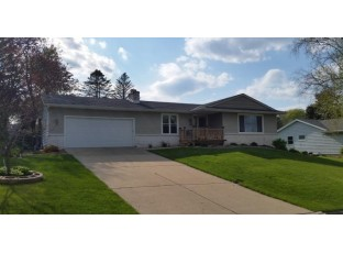 1105 5th St New Glarus, WI 53574