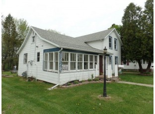 111 Royal Ave Elroy, WI 53929