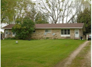 9718-9720 Dunlap Hollow Rd Mazomanie, WI 53560