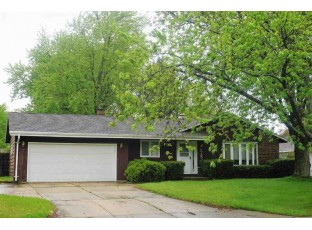 515 N Wuthering Hills Dr Janesville, WI 53546