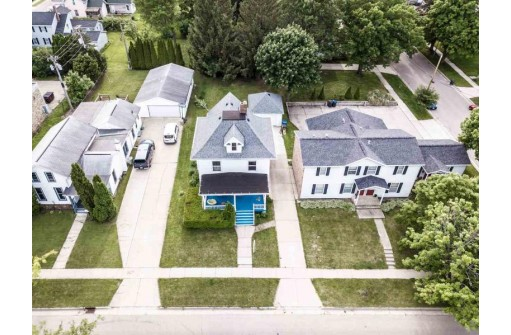47 N Madison St, Evansville, WI 53536