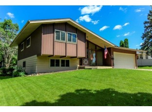 1131 Grove St Fort Atkinson, WI 53538-2428