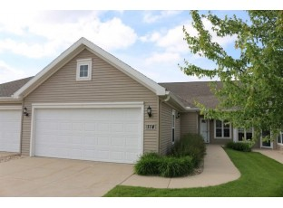 114 Northlight Way Fitchburg, WI 53711
