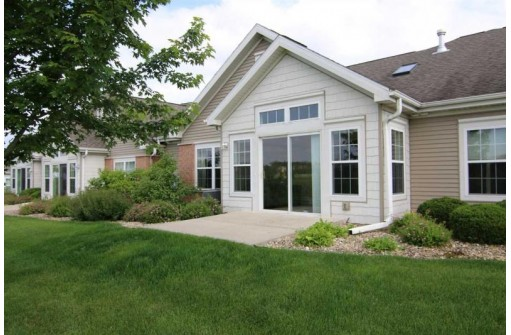 114 Northlight Way, Fitchburg, WI 53711