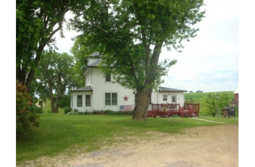 6460 Dutch Hollow Rd, Potosi, WI 53820